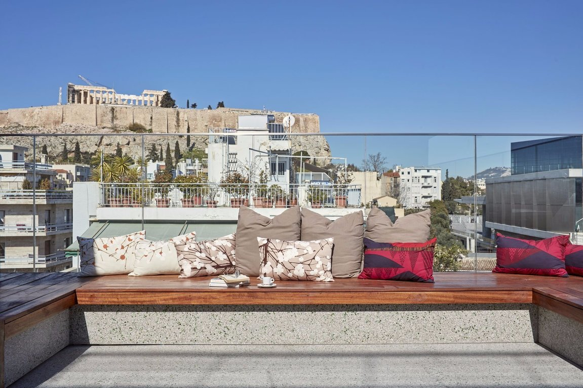 Philippos Hotel_Roof garden_Acropolis view_New Acropolis Museum_