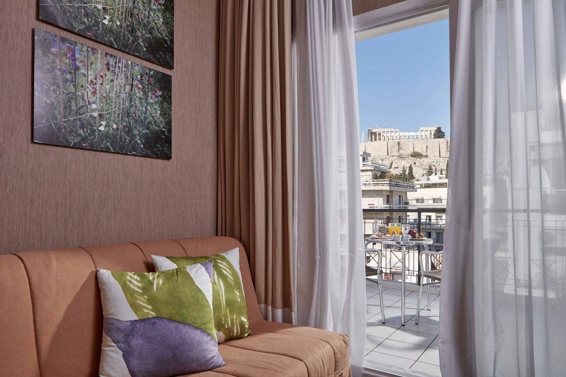 Philippos-Hotel_room-with-a-view_Acropolis_Plaka_Athens